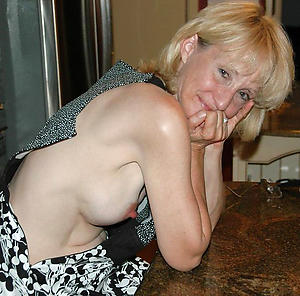 busty women with hanker nipples