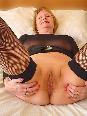amazing full-grown granny pussy pics