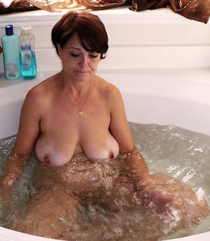 amazing busty old woman porn pictures