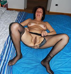 older ladies in pantyhose free pics