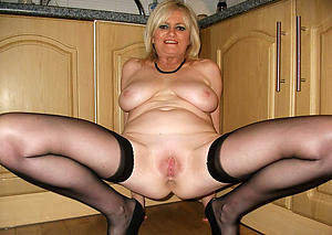 old women shaving their pussy free pics