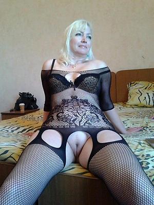 naughty women desquamate pussy