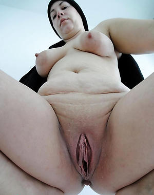 mature pussi with tight pussy