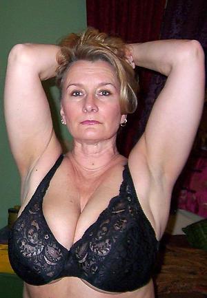 old beautiful mature woman porn pics