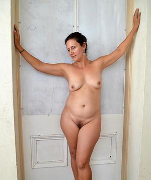 beautiful mature granny woman private pics