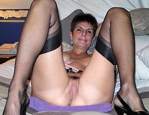 gorgeous mature grannies sex pics