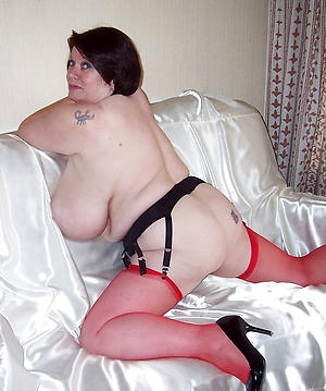 erotic beauty aged brunette pussy pics