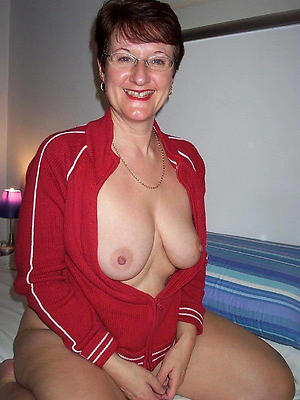 nasty old brunette pussy galleries