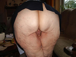 chunky booty grannies fancy posing nude