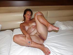 nude granny legs porn picture