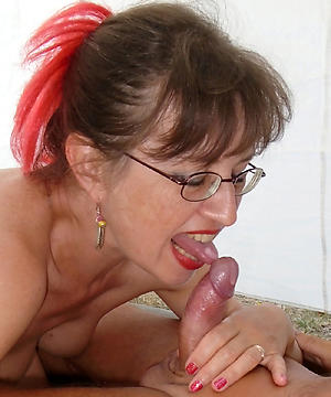 xxx pictures of older milf blowjob