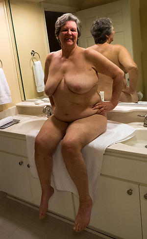 nude pics of older bbw pussy