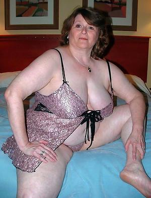 best undressed older women amateur pics