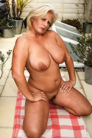 nasty big titty granny pictures