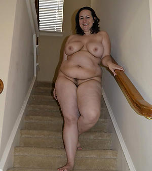 chubby mature granny pussy hot porn pic