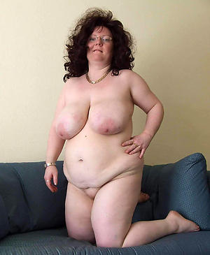 xxx chubby old pussy stripped pic