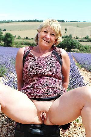 naked older women hot porn pic