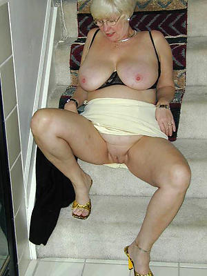 erotic pulchritude sexy older body of men pics