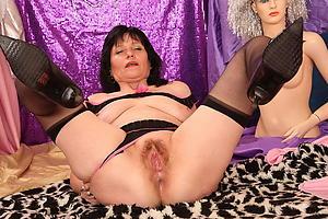porno mature granny twat pics