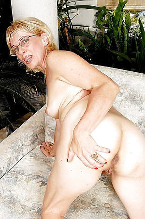 sexy mature glasses hot porn pic