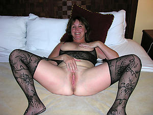 porn pics of old shaved pussy