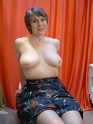 xxx older housewives pic