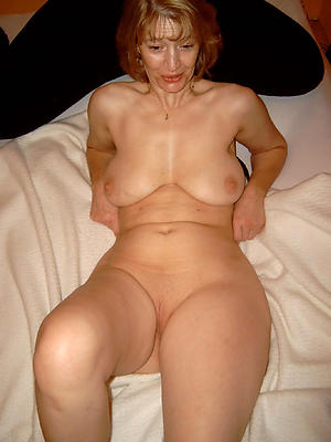 redhead granny and old pussy pic
