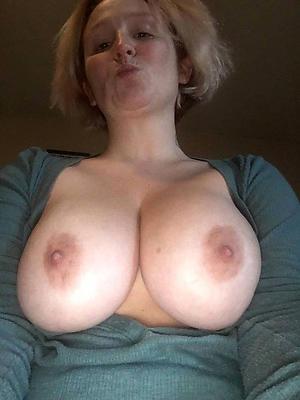 nasty tits mature granny nude selfshots