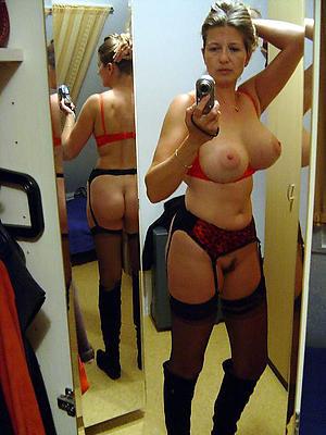 amateur slut granny nude selfshots