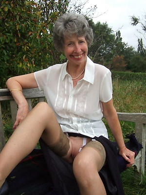 grandmothers hairy pussy pic