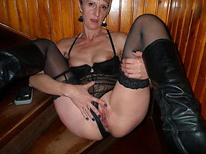 older nude tie the knot amateur slut
