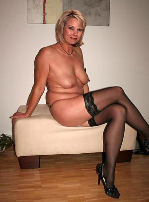 nude bonny older women amateur pics