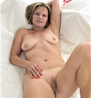 best granny shaved pussy hot porn pic