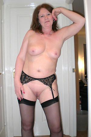hot granny shaved pussy porn pics