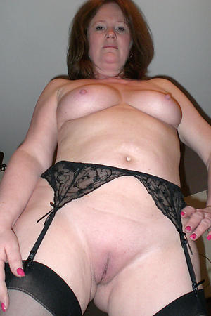 hot shaved granny pussy stripping