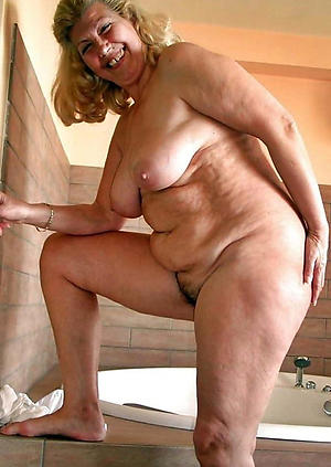 wet obese granny pussy private pics