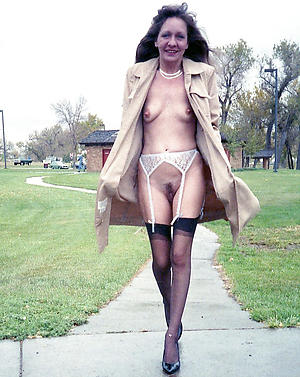 very skinny granny porn pics