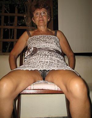 porno granny upskirt