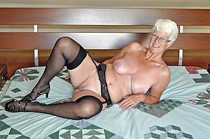 free pics of sexy grandma