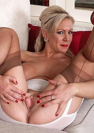 hot gorgeous granny amateur pics