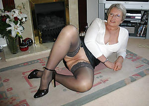 hot sexy granny in glasses buccaneering