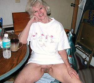 erotic beauty nude old woman