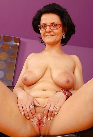 amazing nude granny twat pics