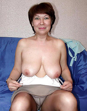 pics of sexy grannies in pantyhose