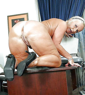 big ass granny posing nude