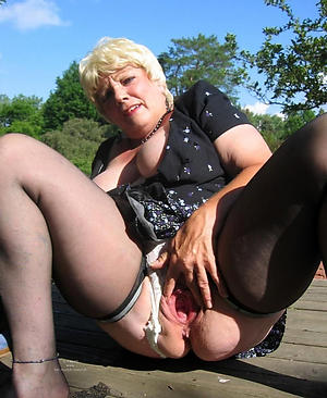 Xxx older tight-fisted pussy nude pics