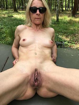 horny old vulva amateur pics