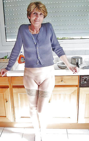 granny hot pussy stripping