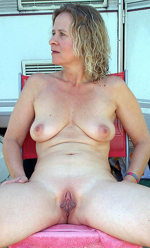 hot patriarch women nude porn pics