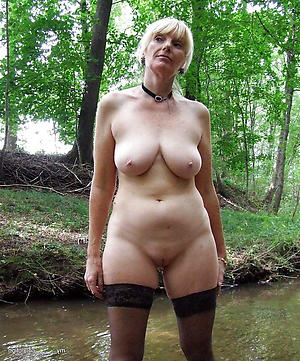 xxx pictures be expeditious for sexy outdoor venerable women